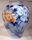 "Fukagawa Seiji 9-3/4"" Tree Peony Japan Porcelain Vase 1900-20"