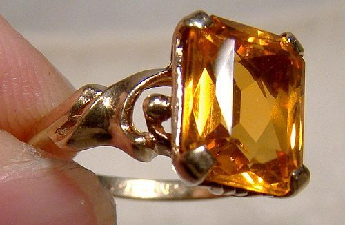 10K Golden Sapphire 3.75 Ct Ring 1940s 1950s - Size 4-1/2