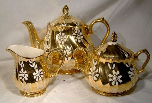Sadler 3 PC Tea Set 2761 F Golden with White Flowers 1950
