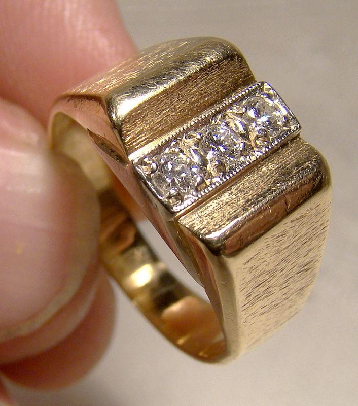 14k 3 Diamond Row Ring Man's Ring Orange Blossom Size 7