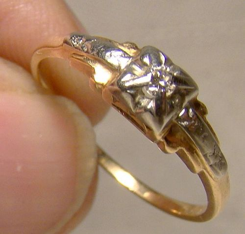 1930s Retro 14K Diamond Ring - Size 6-3/4