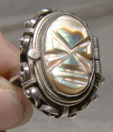 Mexican Sterling Mask Abalone Shell Poison Ring 1950s