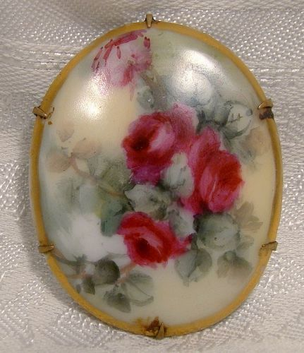 Red Roses Hand Painted Porcelain Edwardian Pin Brooch 1910
