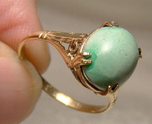 9K Rose Gold Green Turquoise Cabochon Solitaire Ring 9 K Size 6-3/4
