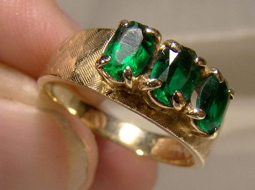10K Green Tourmaline 3 Stone Row Ring Size 7