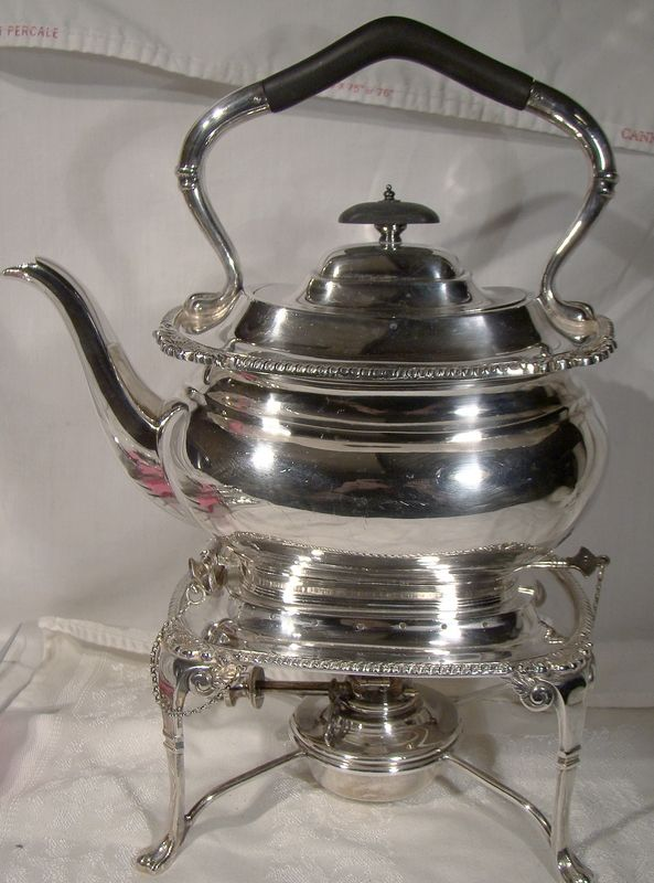 English Shell and Gadroon Silver Plated Tilt Kettle with Stand