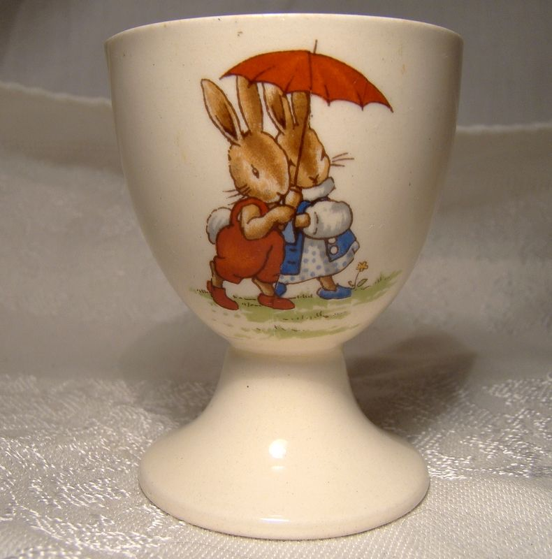 Bunnykins Sheltering Under the Umbrella & Holding Hat and Coat Egg Cup