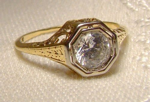 14K Yellow Gold Art Deco Filigree Openwork Ring with Rock Crystal