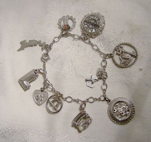 Chain Link Sterling Silver Charm Bracelet with 10 Charms 1970s