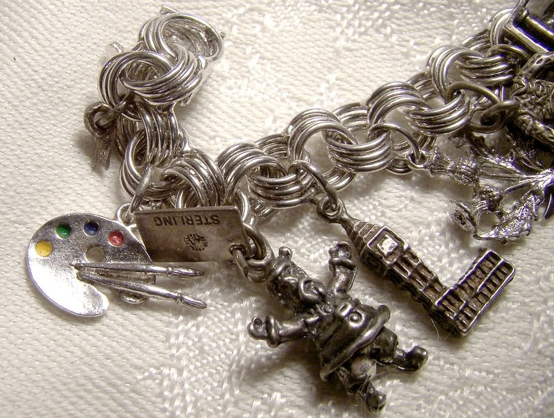 Triple Round Link Sterling Silver Charm Bracelet with 19 Charms 1970s