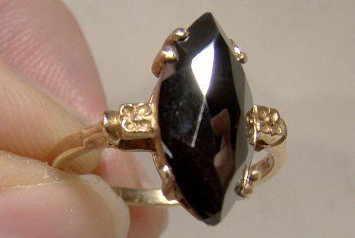 10K Black Alaskan Diamond Ring 1940s 1950s - Size 5-1/2