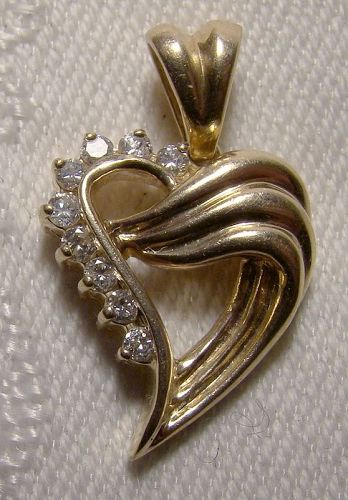 14K Yellow Gold Heart Pendant with Diamonds 1970s