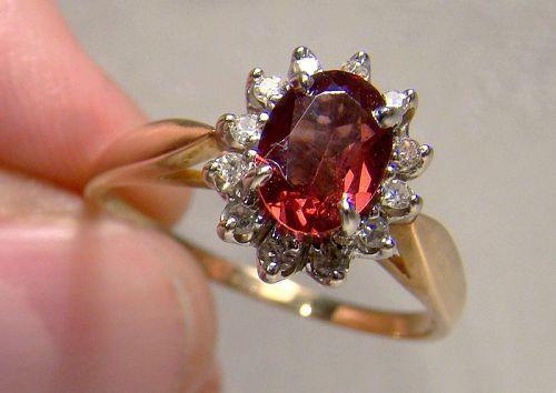 10K Garnet and Diamonds Ring 1970s - Size 8-1/2