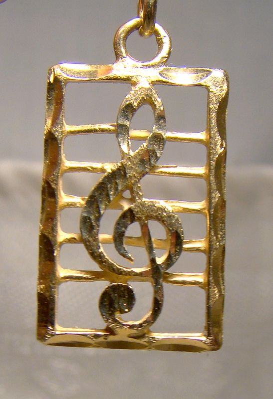 14K Yellow Gold Treble Clef on a Musical Staff Pendant Charm 1970s