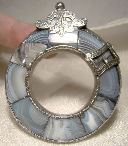 19th Century Scottish Sterl. Silver Banded Agate Pebble Buckle Brooch