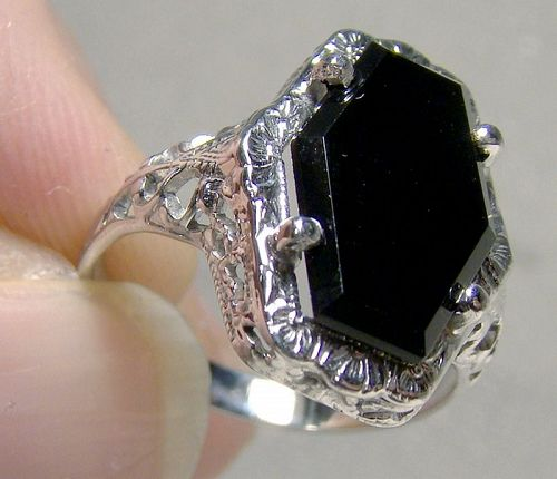 10K White Gold Filigree Black Onyx Art Deco Ring 1915-20 - Size 5