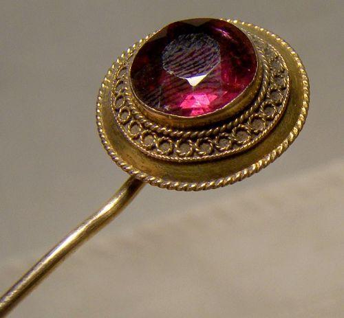 15K Yellow Gold Early Victorian Rhodolite Garnet Stickpin 1850s