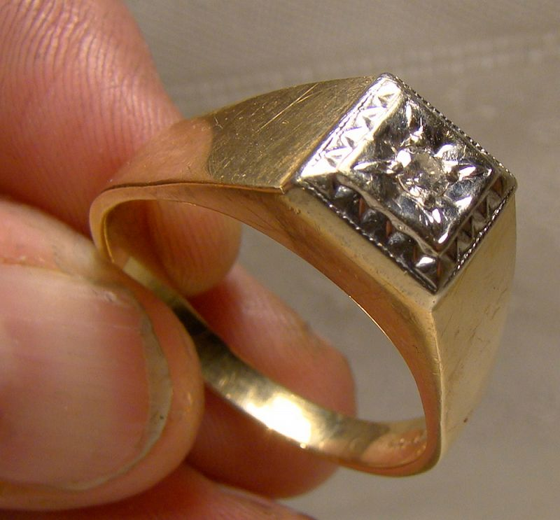 Man's 10-14K Yellow and White Gold Diamond Ring 1950s-60s - Size 14