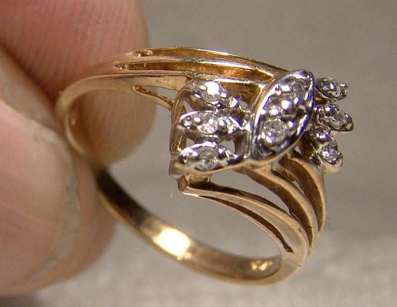 10K Yellow Gold Diamonds Ring 1960s-70s - Size 5-3/4