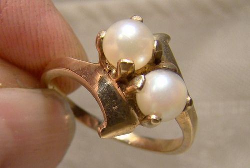 10K Yellow Gold Twin Cultured Pearls Ring 1940s-50s - Size 6-3/4
