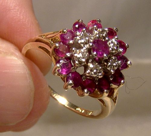 10K Yellow Gold Rubies and Diamonds Round Cluster Ring