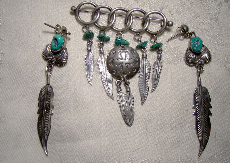 Southwest Sterling Silver and Turquoise Feathers Dangle Brooch Pin
