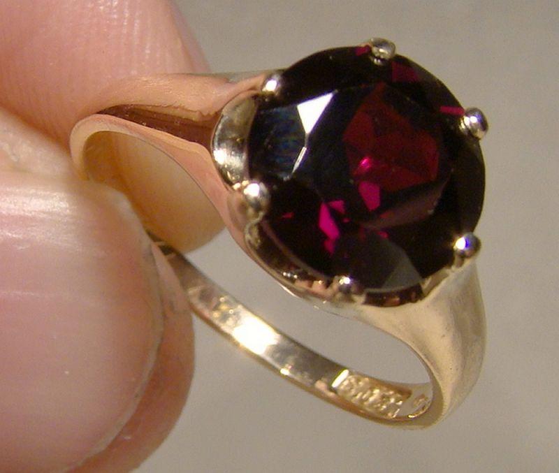 14K Rose Gold Garnet Solitaire Ring 1910-20 - Size 6-3/4