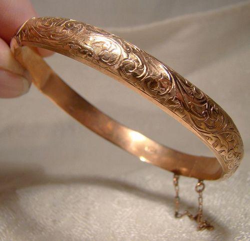 9K Rose Gold Edwardian Engraved Hinged Bangle Bracelet - Birm. 1911