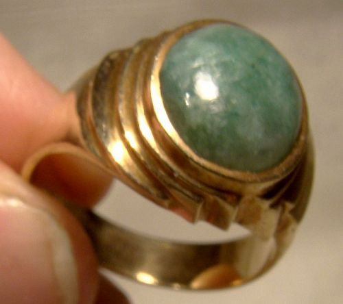 10K Yellow Gold Man's Jadeite Cabochon Ring 1960s - Size 9-1/2