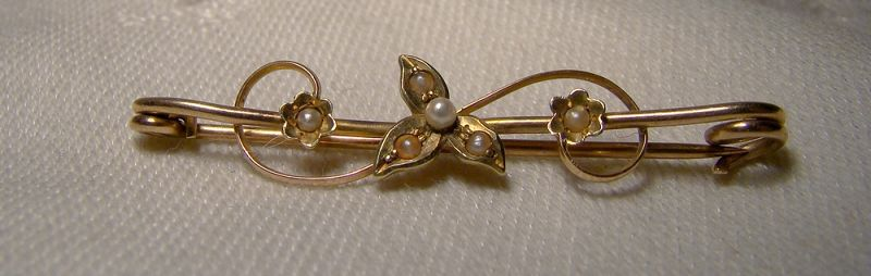 Victorian 10K Rose Gold Seed Pearls Bar Pin Brooch 1890-1900