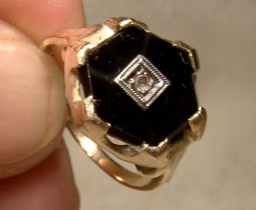 10K Yellow Gold Black Onyx and Diamond Hexagon Ring 1930s - Size 7-1/4