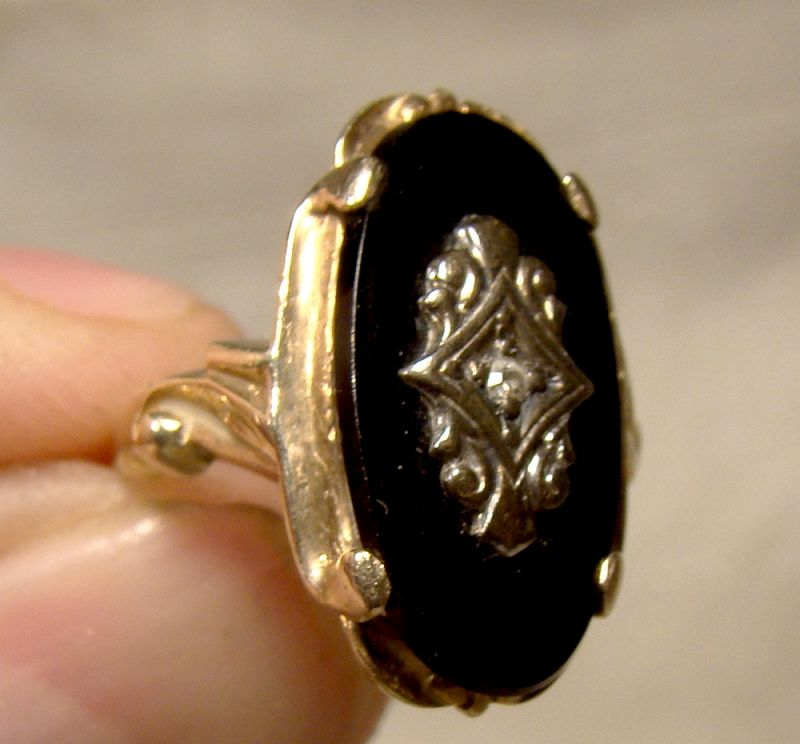 10k Yellow Gold Black Onyx and Diamond Signet Style Ring 1920s-1930s