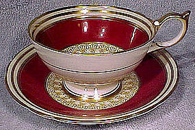 Aynsley 7586 Burgundy Red Gold Tea Cups and Saucer 1950s