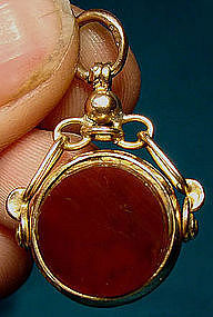 9K CARNELIAN & BLOODSTONE SPINNING WATCH FOB 1919