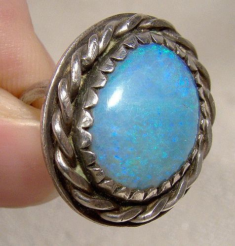 NAVAJO STERLING BLUE OPAL RING 1960s-70s - Size 6