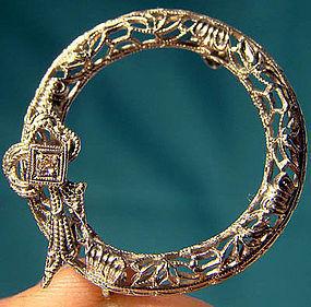 14K WHITE GOLD FILIGREE WREATH PIN w/ DIAMOND c1920s