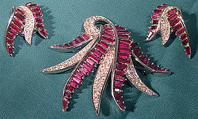 Marcel BOUCHER RED & WHITE Rhinestones TREMBLER Brooch & Earrings