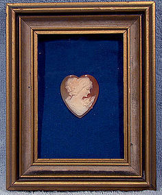 HEART SHAPED SHELL CAMEO in PICTURE FRAME 1930s