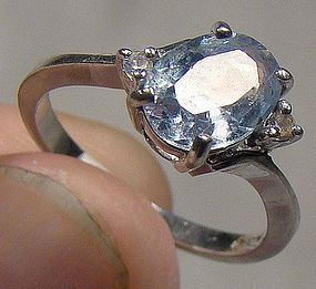 10K White Gold BLUE OVAL TOPAZ RING 1960 Size 6-1/4