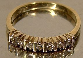 Vintage 10K DIAMONDS ROW BAND RING c1970