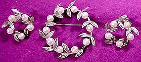 Sterling CULTURED PEARLS in WREATH PIN & EARRINGS