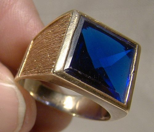 10K Man's Synthetic Blue Sapphire Ring 1950s 10 K Modernist Size 9-3/4