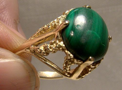 10K Yellow Gold Malachite Cabochon Ring 1960s - Size 6