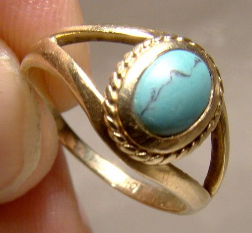 10K Yellow Gold Turquoise Cabochon Ring 1960s - Size 5