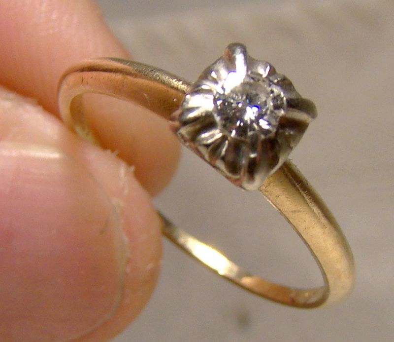 14K Yellow Gold and White Gold Diamond Solitaire Ring 1930s