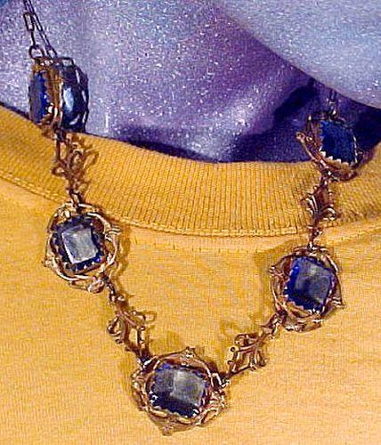 Art Nouveau GILT BRASS & BLUE CRYSTAL NECKLACE c1910-20