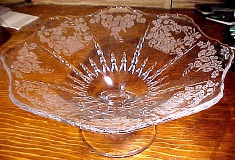 "American Elegant Glass MEADOW WREATH 10"" COMPORT"