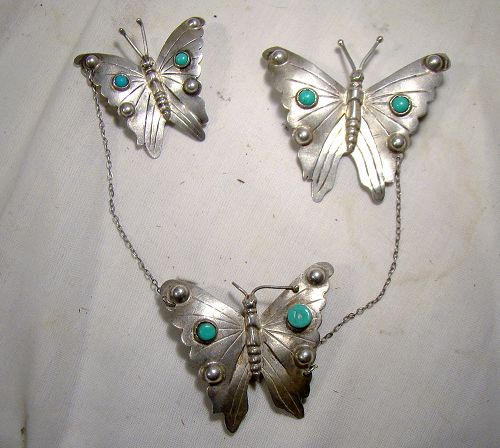 1930s MEXICAN STERLING THREE BUTTERFLY SWAG or SWEATER BROOCH