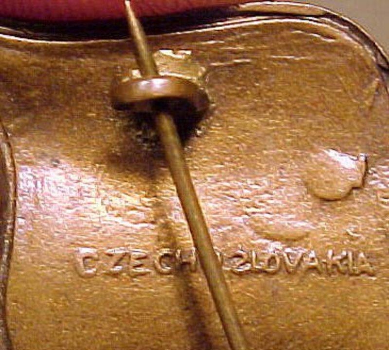LINDSAY ONTARIO ENAMEL SOUVENIR PINS c1920s