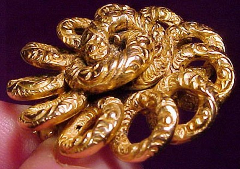 15K Attractive VICTORIAN BROOCH 1890